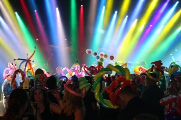 Crazy balloon party