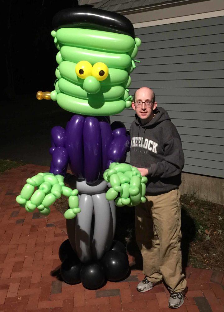 Custom Sculptures Large balloon of Frankenstein's monster